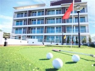 ホテル内ミニ・ゴルフ場
